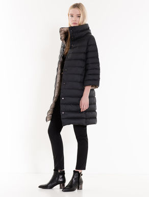 Reversible two-tone down jacket