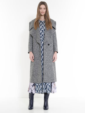 Tweed coat with oversize lapels