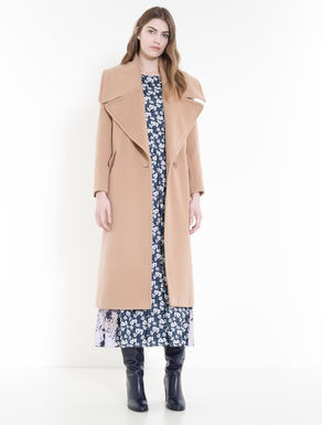 Beaver coat with oversize lapels