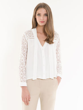Crêpe and macramé shirt