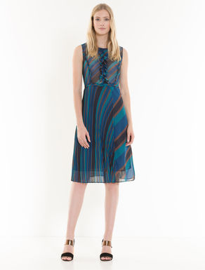 Georgette dress with pleating