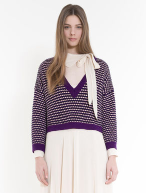 Cropped 3D jacquard sweater