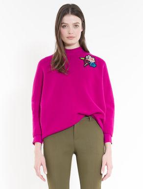 Jersey con aplicaciones florales