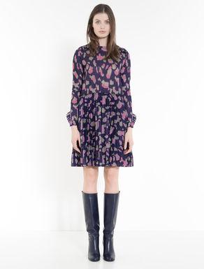 Kleid aus Animalier-Jersey mit Plissee