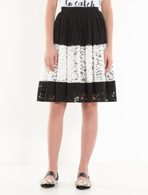 Colour-block lace skirt