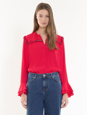 Fluid shirt with jewellery embroidery