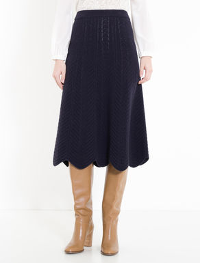 Boiled wool skirt with plaiting