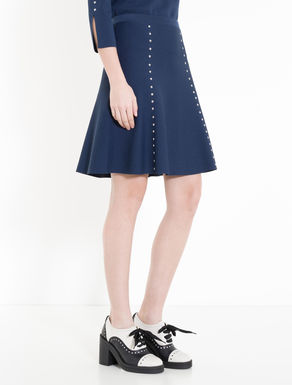Knitted skirt with studs