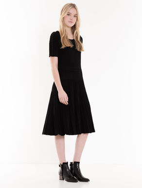 Knitted dress with lamé ruches