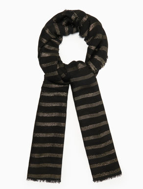 Scarf with lamé stripes