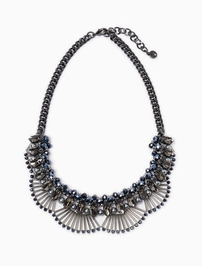 Necklace with flounces of rods
