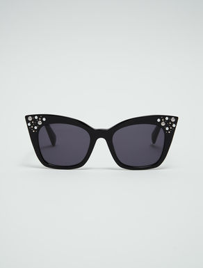 Cat-eye sunglasses with micro-studs