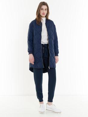 Padded jacket with wavy stitching