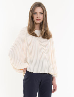 Blouse with all-over pleats