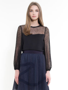 Jersey and tulle blouse with pleats