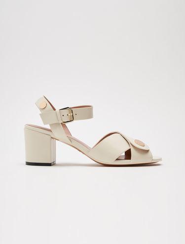 Sandales à talons mi-hauts en cuir