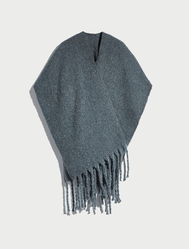 Poncho with maxi fringe