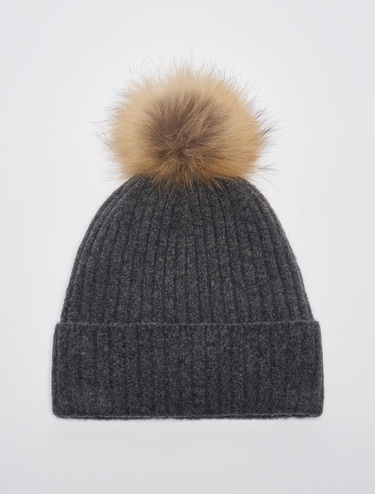 Beanie hat with pom pom