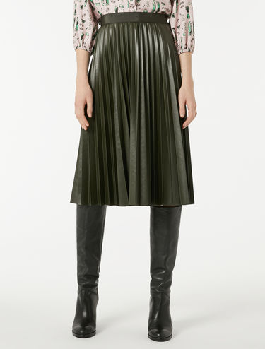 Pleated, coated jersey skirt