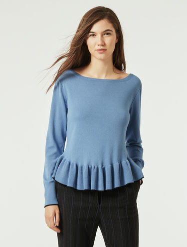 Stretch sweater with ruffles