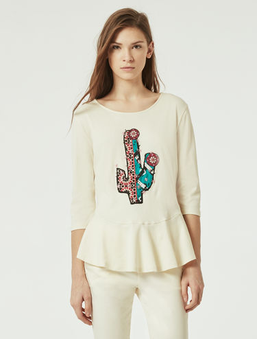 T-shirt with embroidered appliqué