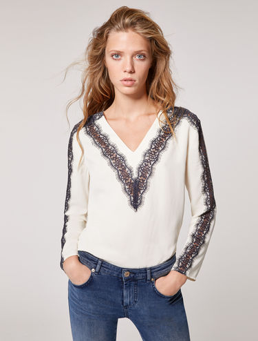 Floaty blouse with lace