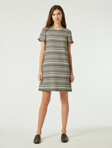 Aライン ジャカード ドレス