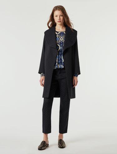 Manteau en tissu jacquard