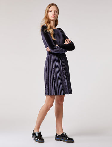Velvet jersey dress with pleats