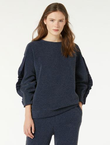 Athleisure sweatshirt with ruching