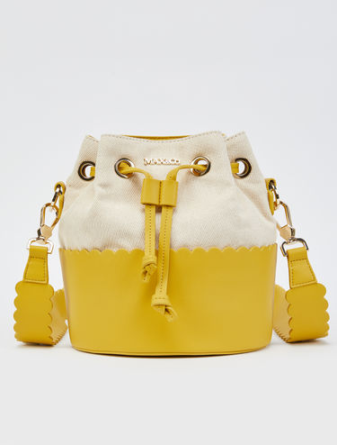 Bucket bag with scalloped edges