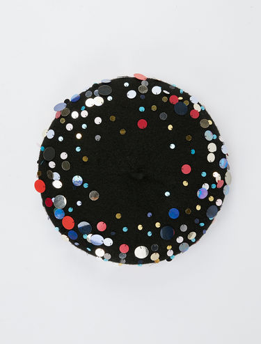 Beret with sequins