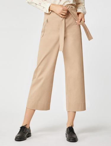 Pantaloni ampi in gabardine