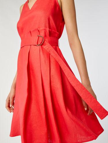 Kleid aus 100 % Leinen in A-Linienform