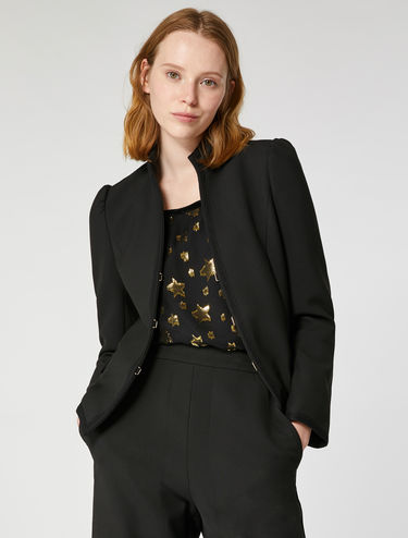 Puffed shoulder jacket