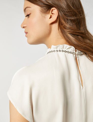 Crépon blouse with rhinestones
