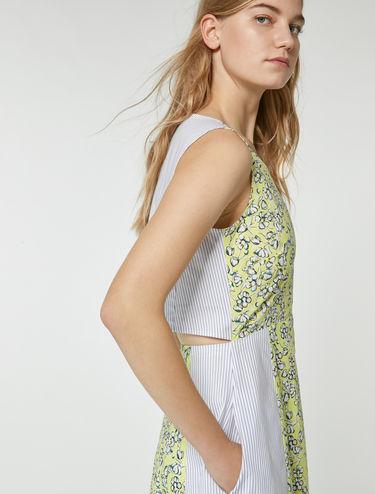 Corolla-Kleid mit Öffnung am Rücken