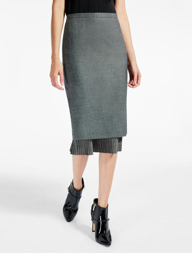 ピュア ヴァージンウールタイト スカート