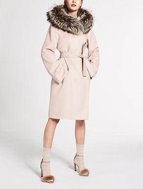 Lange Jacke aus reiner Wolle
