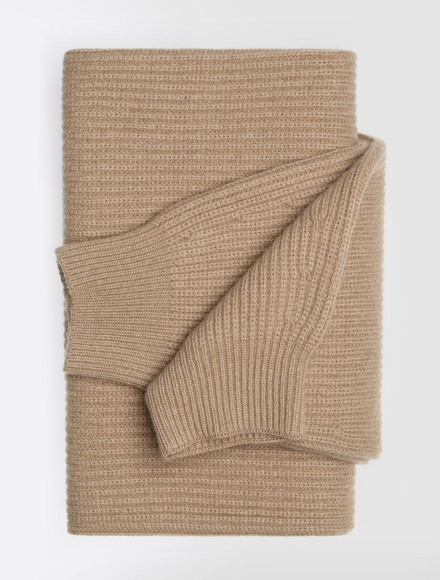wool and cashmere scarf camel sponda max mara. Black Bedroom Furniture Sets. Home Design Ideas
