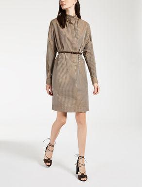 Robe en toile de coton et soie