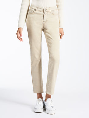 Trousers with five pockets