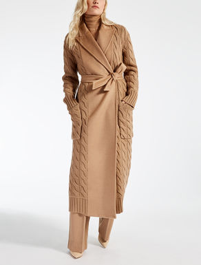 Coats Fall Winter 2017 Max Mara