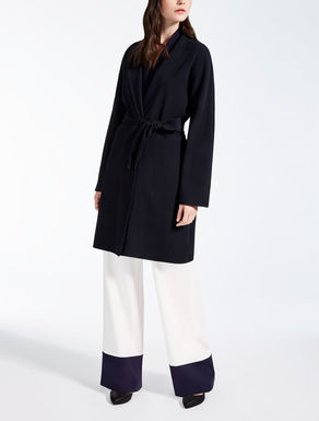 Wool crêpe coat