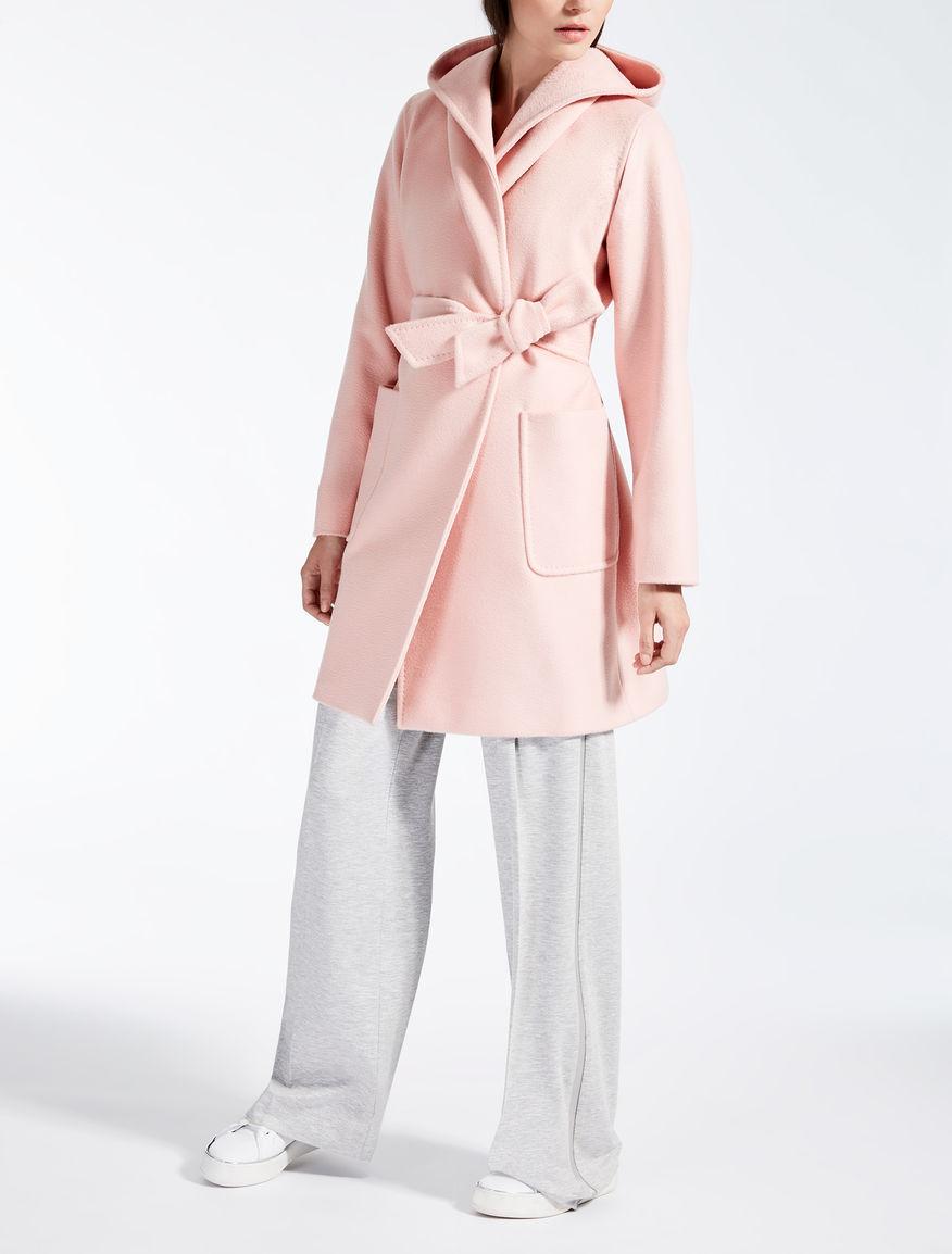 Mantel aus Albino-Kamelhaar