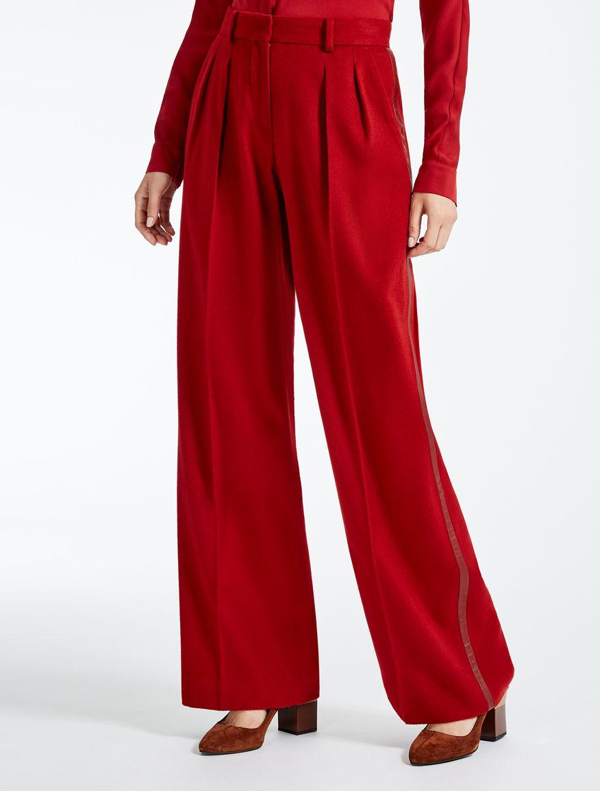 Pantaloni in cammello