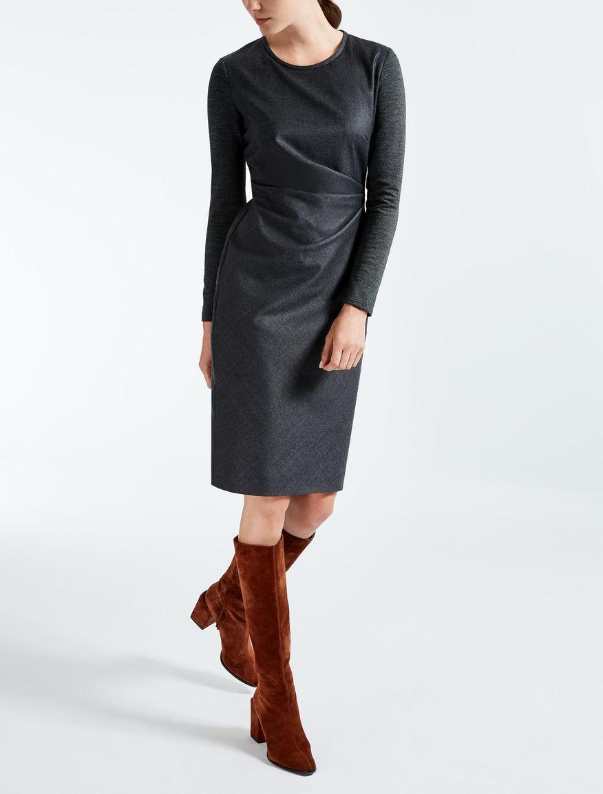 Vestido de pura lana