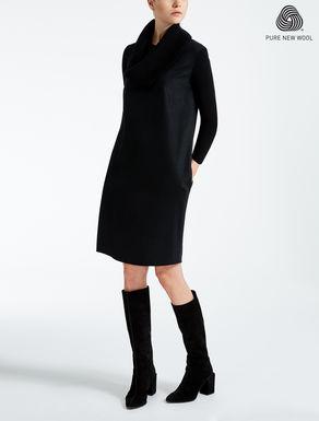 Kleid aus Wolljersey
