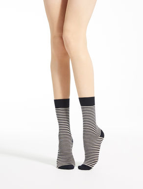 Socks in viscose