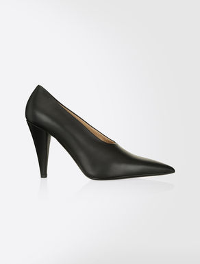 Smooth leather pumps